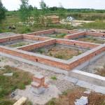 Устройство ленточного фундамента (пригодится при строительстве бани на даче, капитального гаража, небольшого дачного дома и даже большого коттеджа)