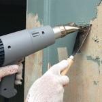 Удаление масляной покраски со стен и деревянных поверхностей